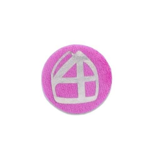 Baretspeld / button met mijter roze