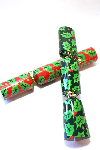 Christmas cracker 100 stuks hulst glimmend 10&#34,
