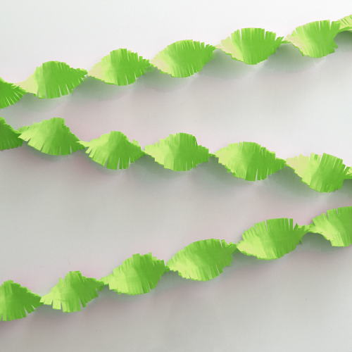 Crepe slinger licht groen 6 meter
