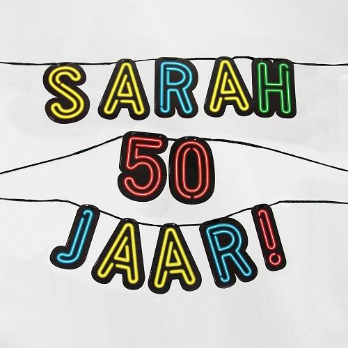 Letterslinger neon Sarah 50 jaar