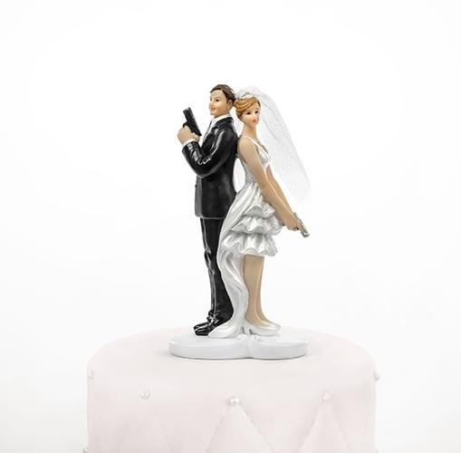 Taarttopper bruidspaar secret agents